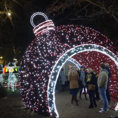 La Boule de Noël géante
