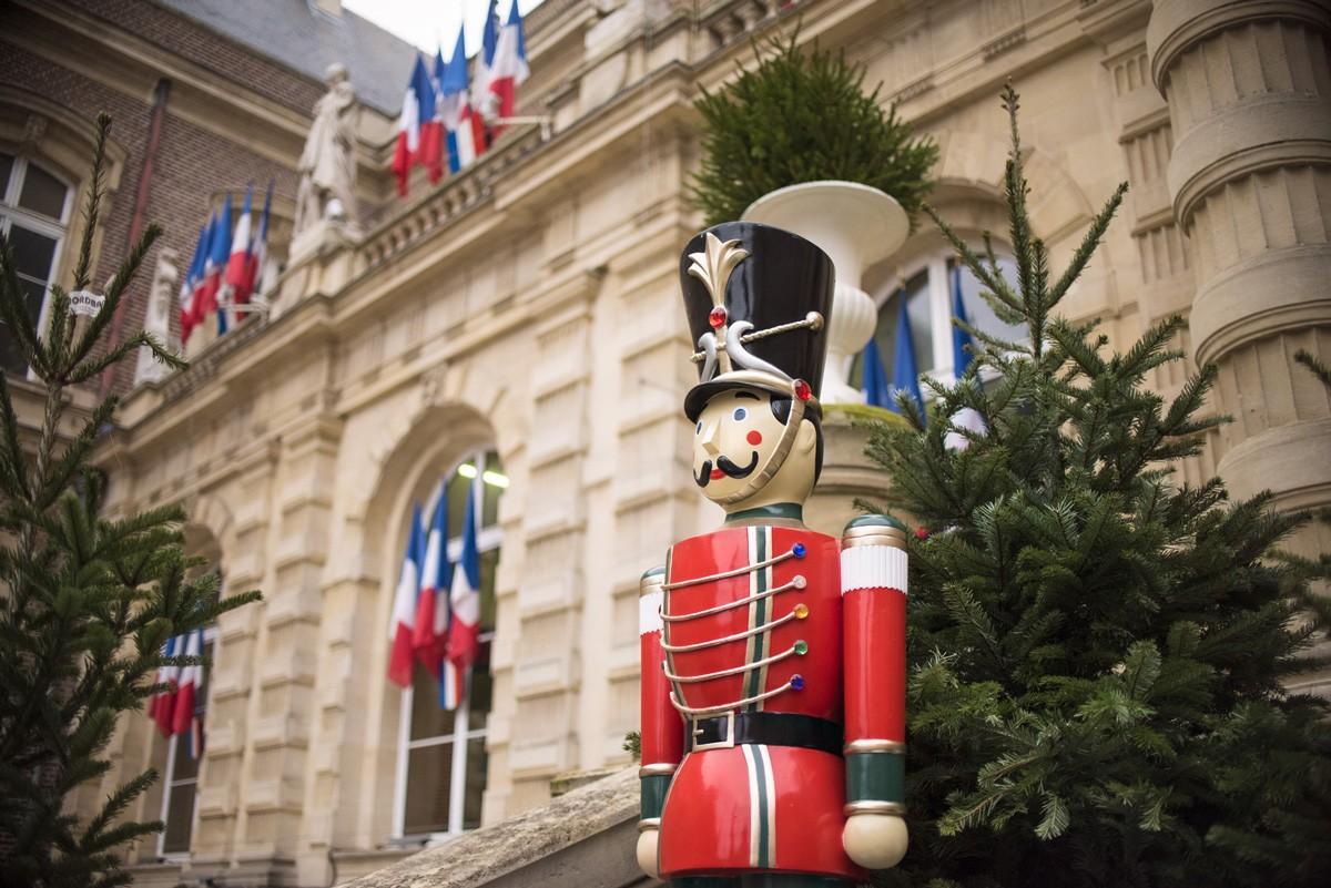 Place de l'hôtel de ville Noël 2019